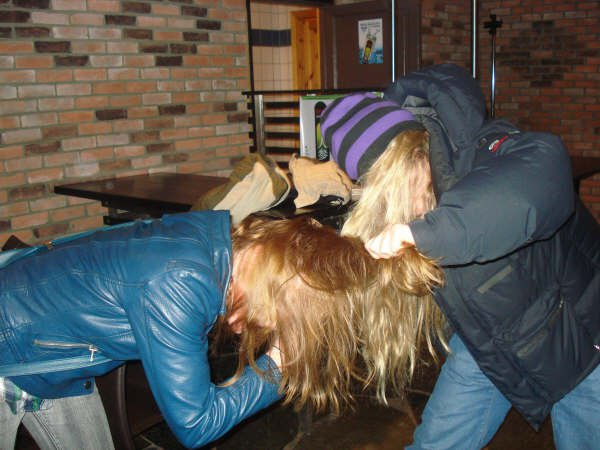 Boone Skis - Norwegian girls bar fight