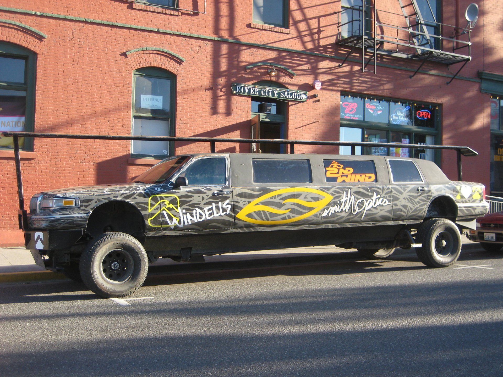 Smith Limo at the 2nd Wind Slider Party