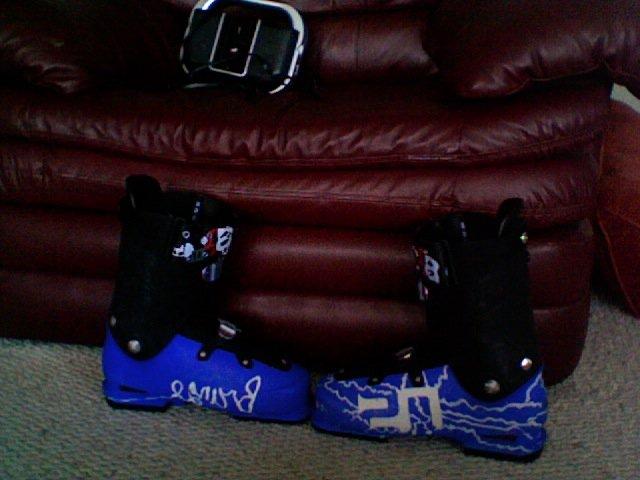 Boot dye