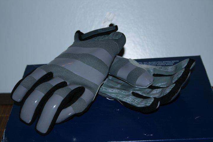 Spring gloves.. grenade