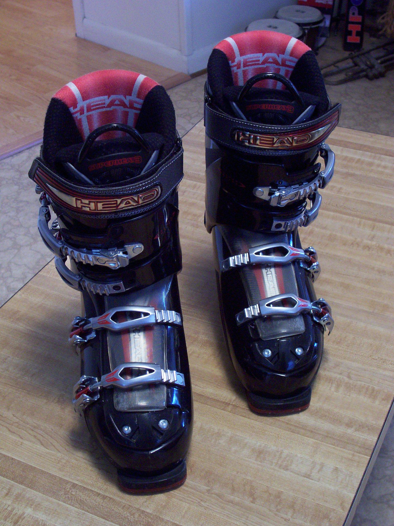 Head ski boots