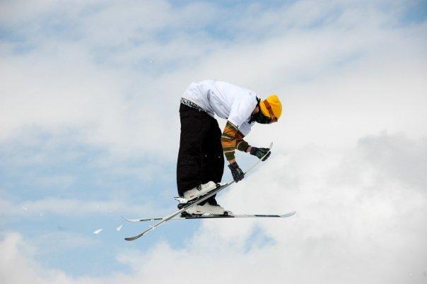 Skis check