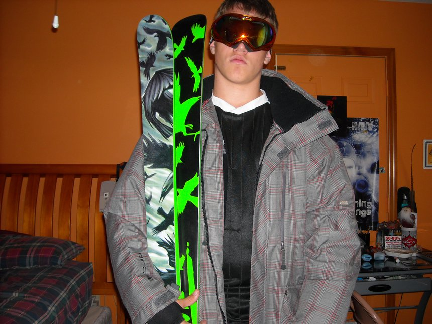 09-10 Suit and Skis