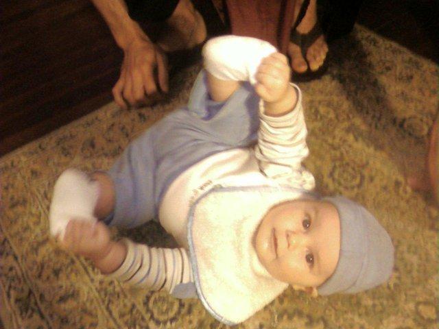 Baby cousin doin truckdriver!