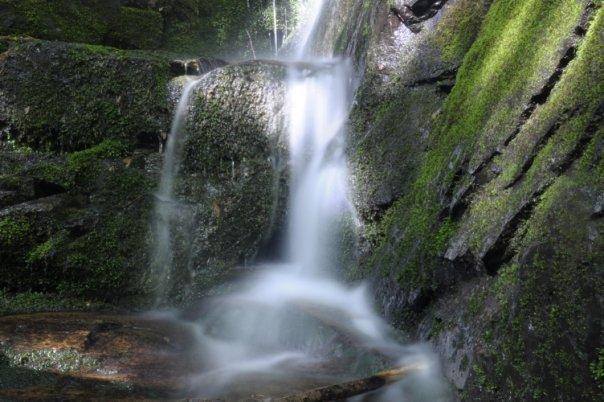 Little waterful hiking