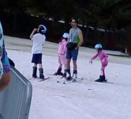 Fanny pack dude and his awesome kids