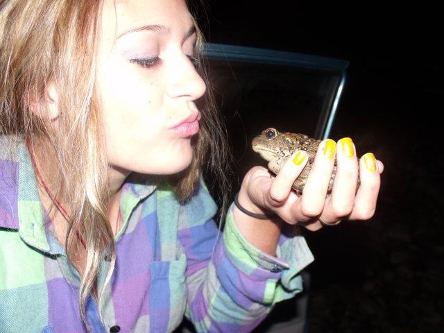 Toad kisser