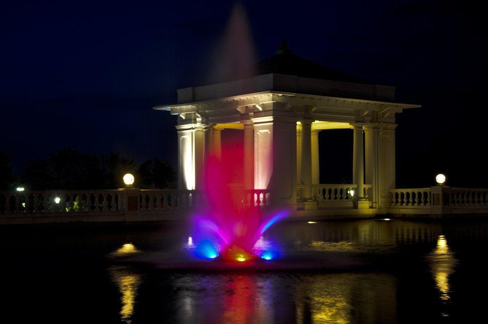 Hershey Hotel fountain