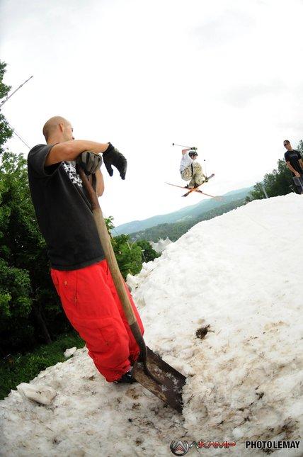 Akamp 2009 Mt Avila