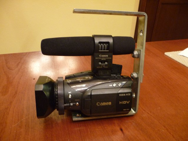HV20 with Mic and HandleHandle