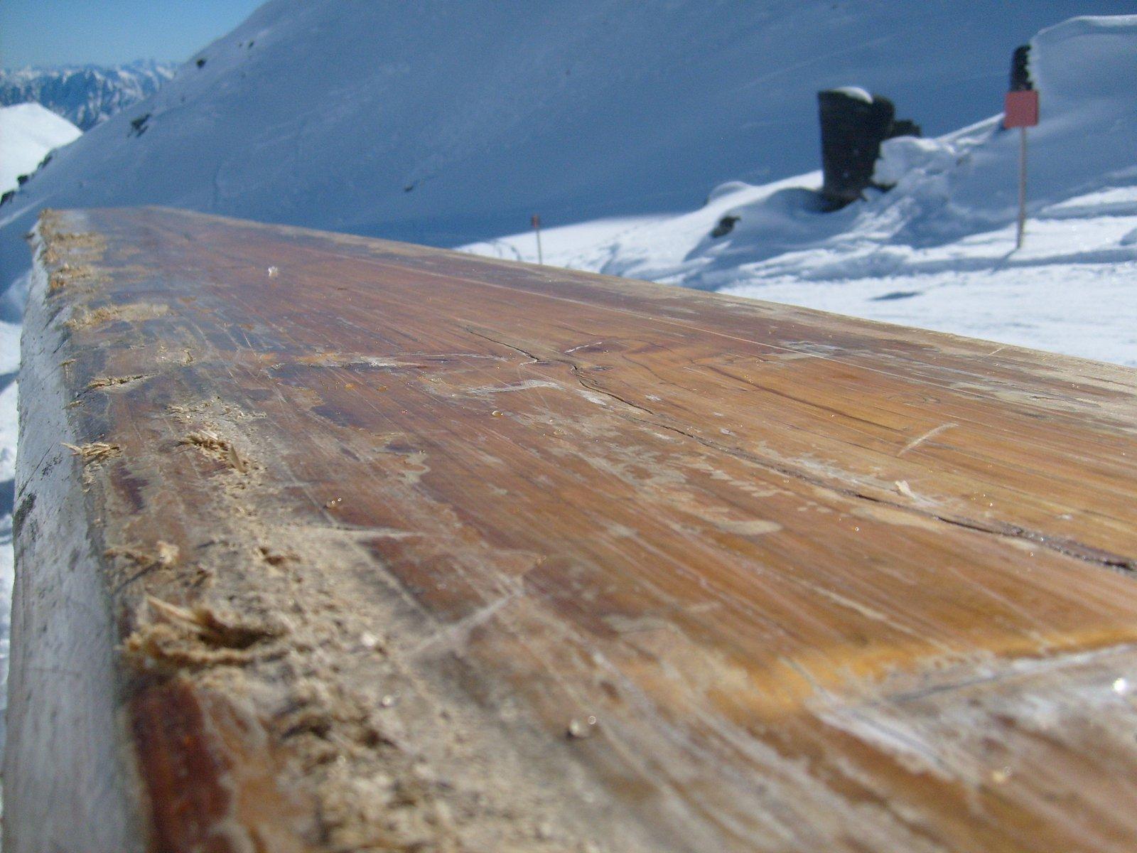 Log rail