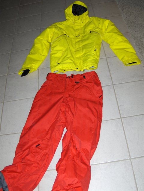 Yellow/ red