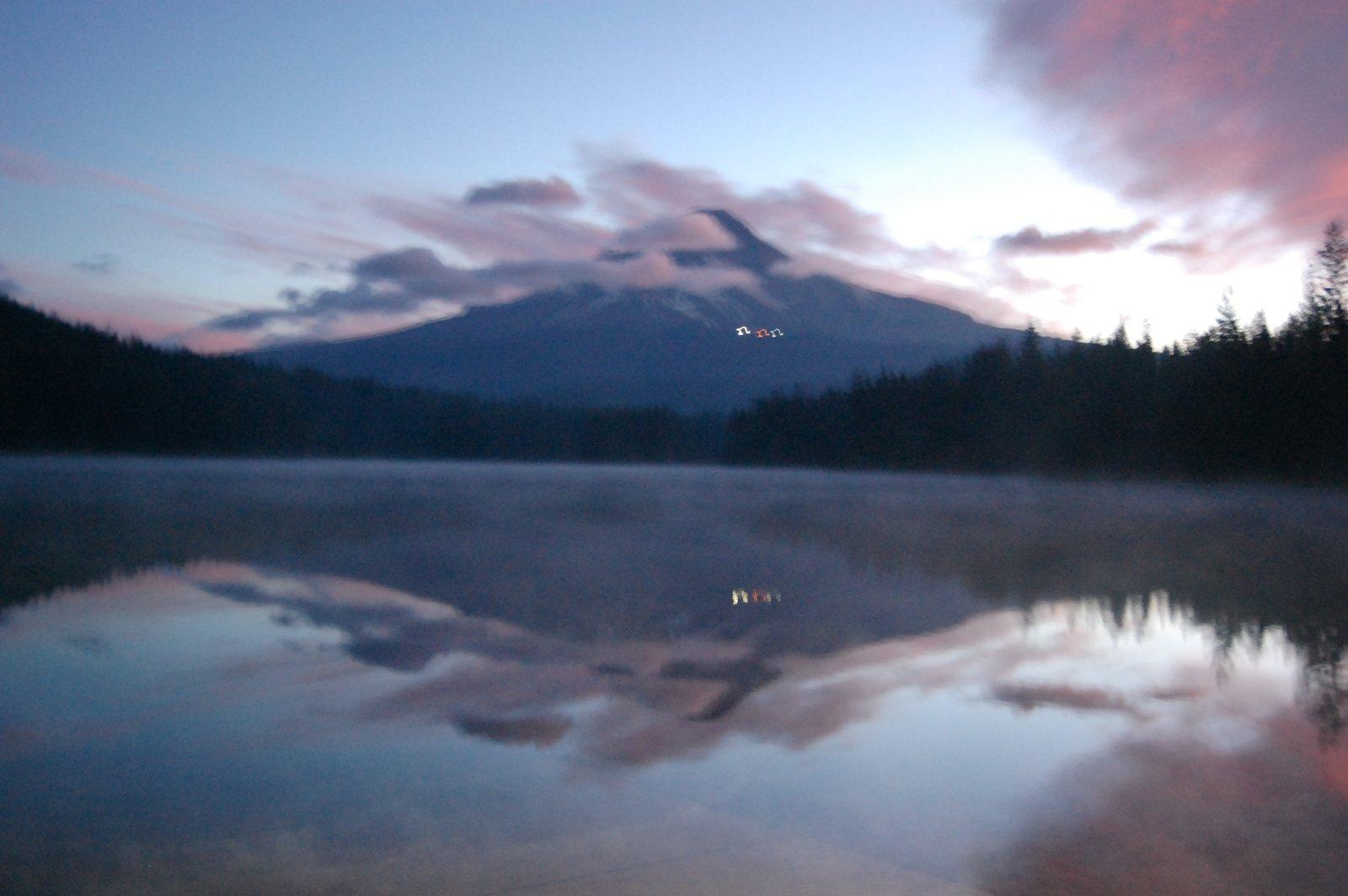 Trillium sunrise