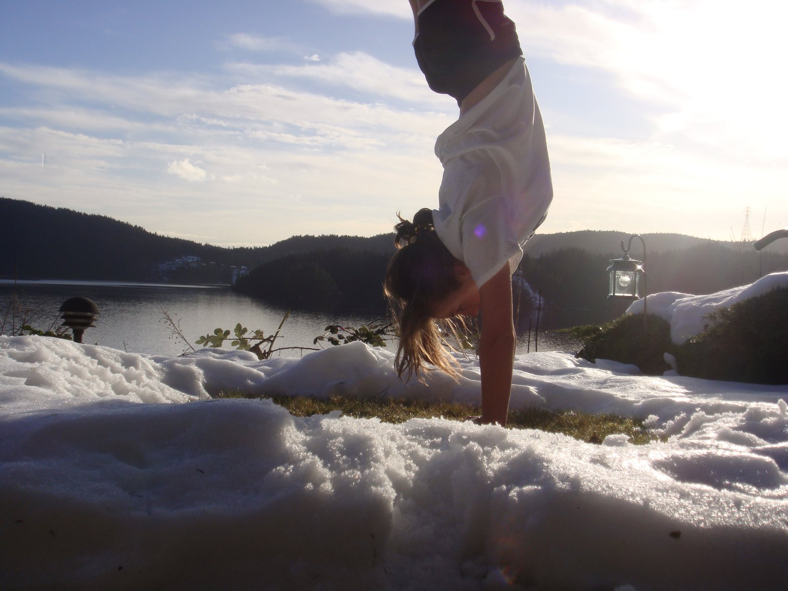 Handstand in the pow.