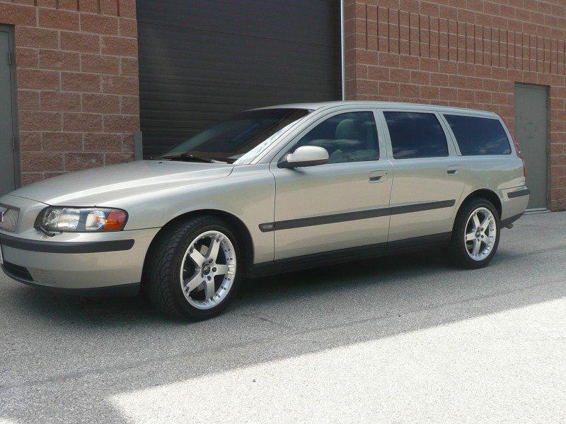 2002 Volvo V 70