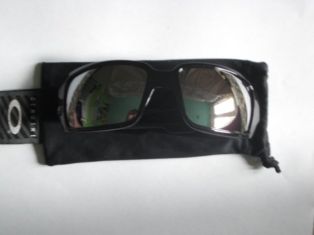 Oakley Oil Drum Black frame with grey iridium lens