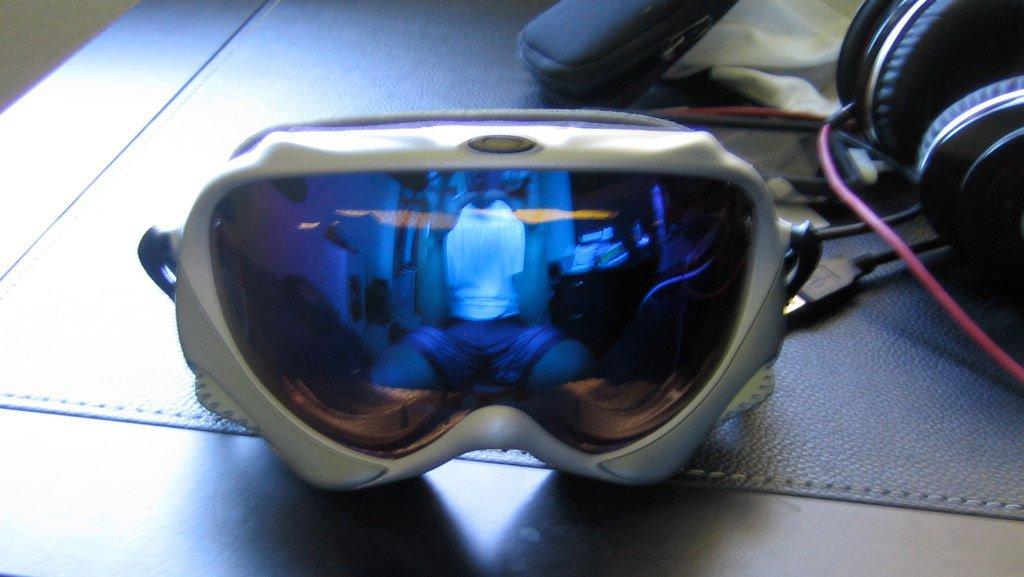 Oakley Wisdom Goggles w/ blue iridium lense