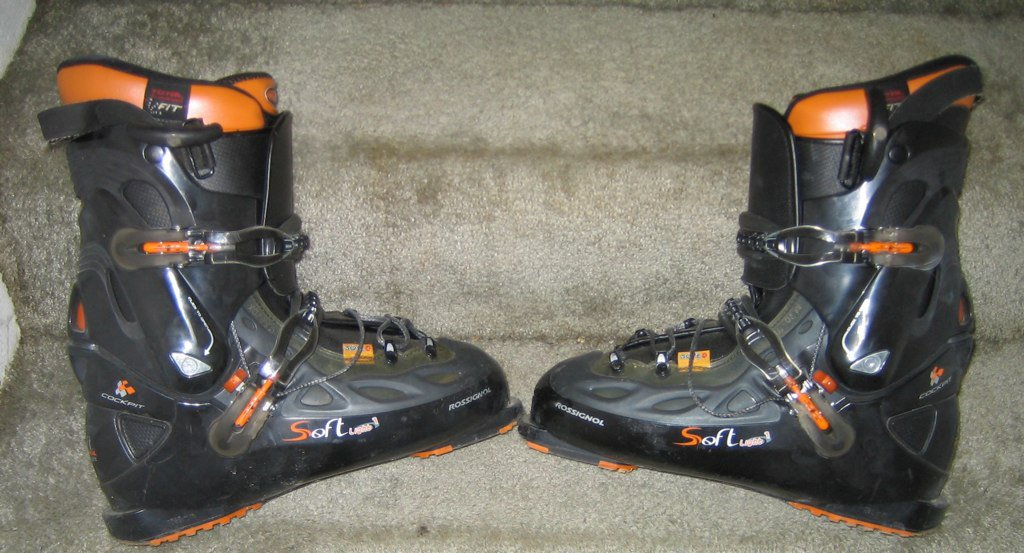 Size 29.5 Rossignol Soft Light 1 for sale