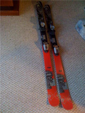 K2 Fugative Skiis with Marker 1000 bindings