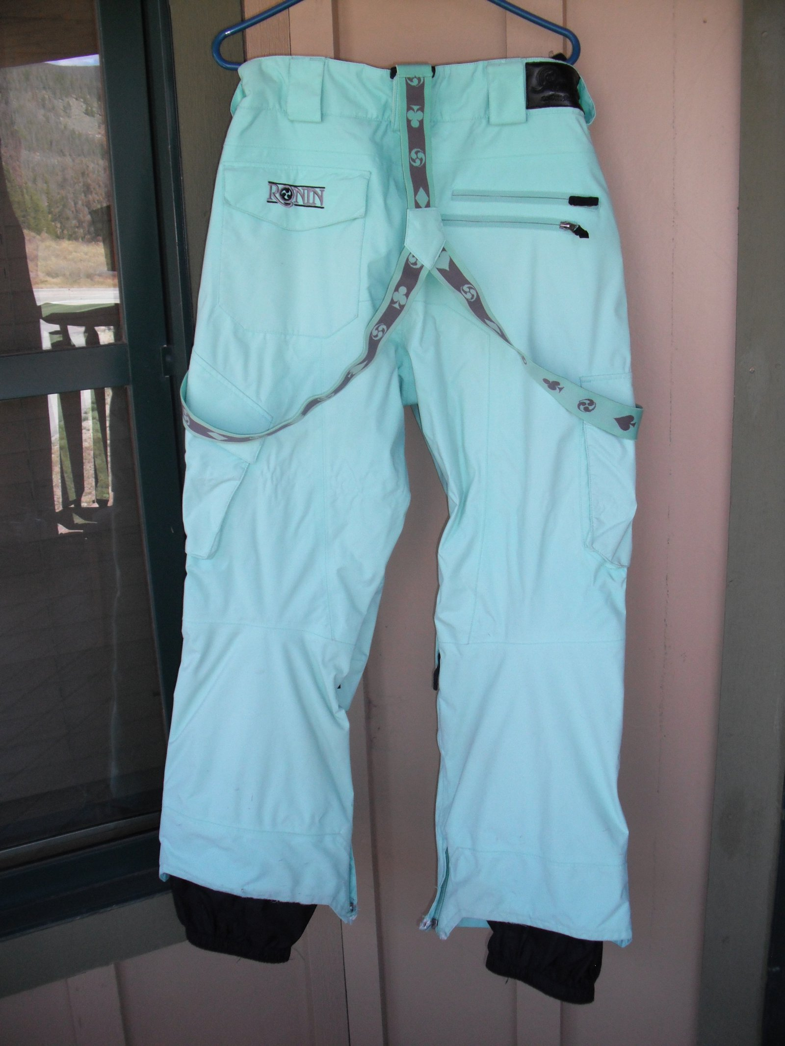 Pants Back