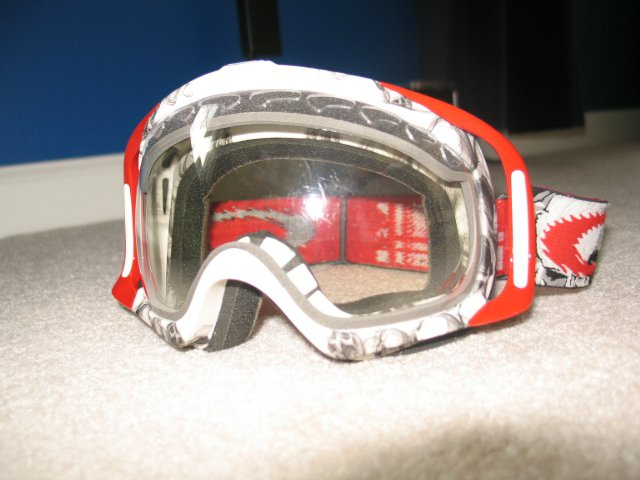 Clear lens red riggers seth frame