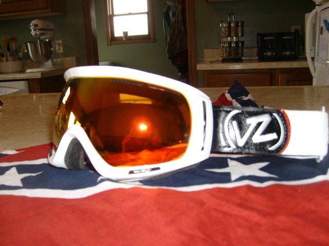 New vz goggles