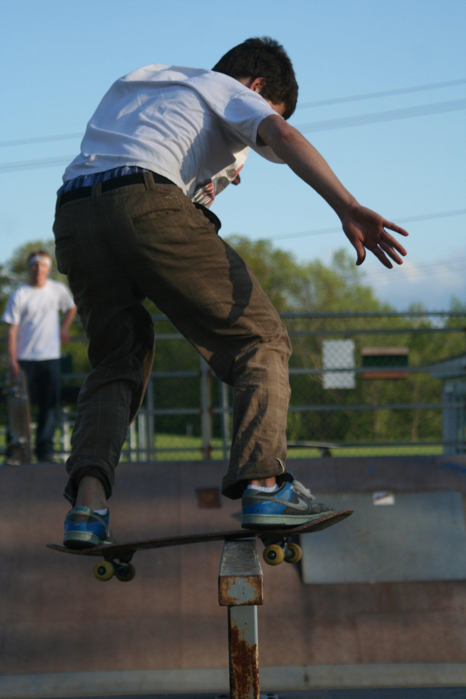 Flatbar boardslide