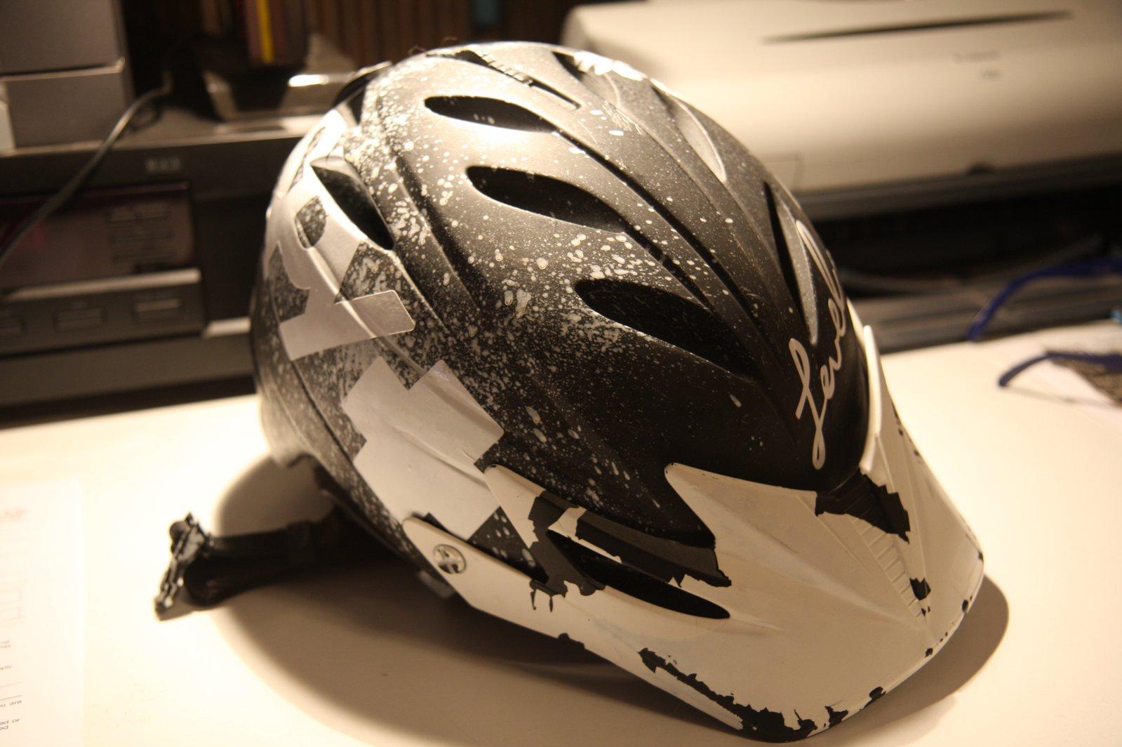 Giro G10 MX2