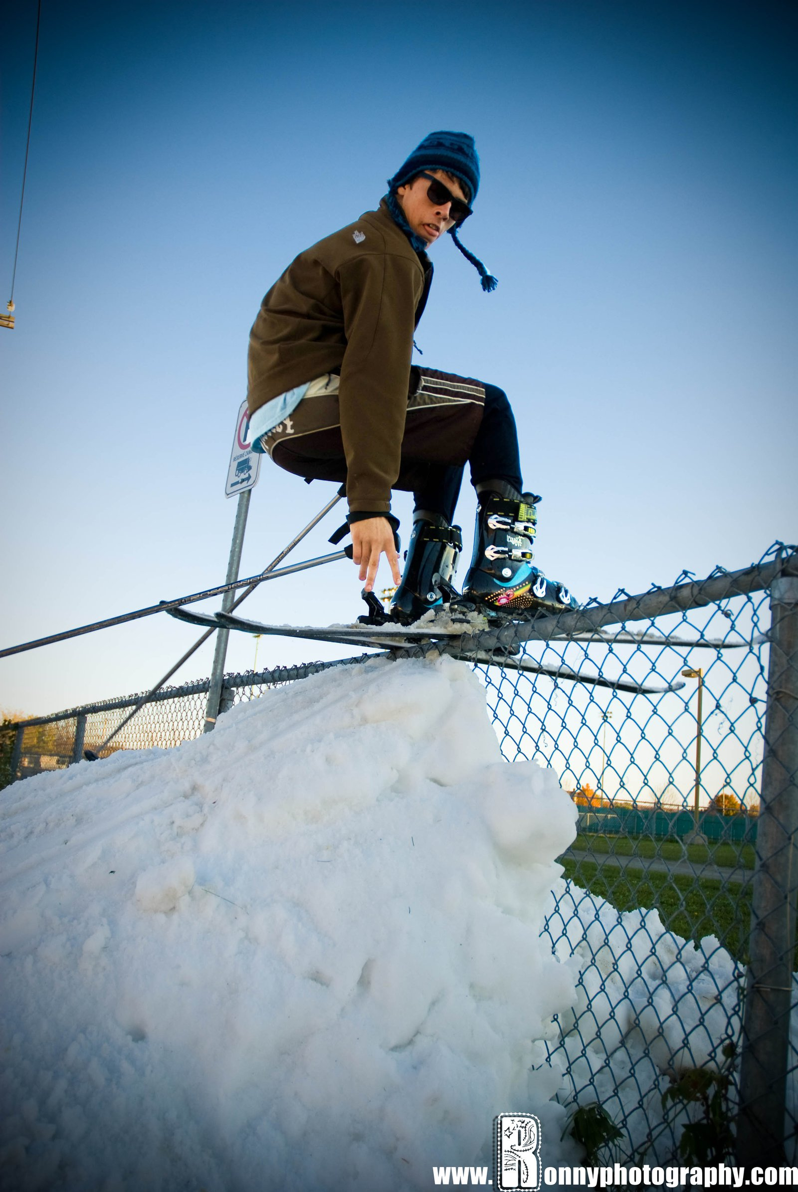 Tailpress on fence