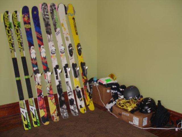 Ski gear and skis
