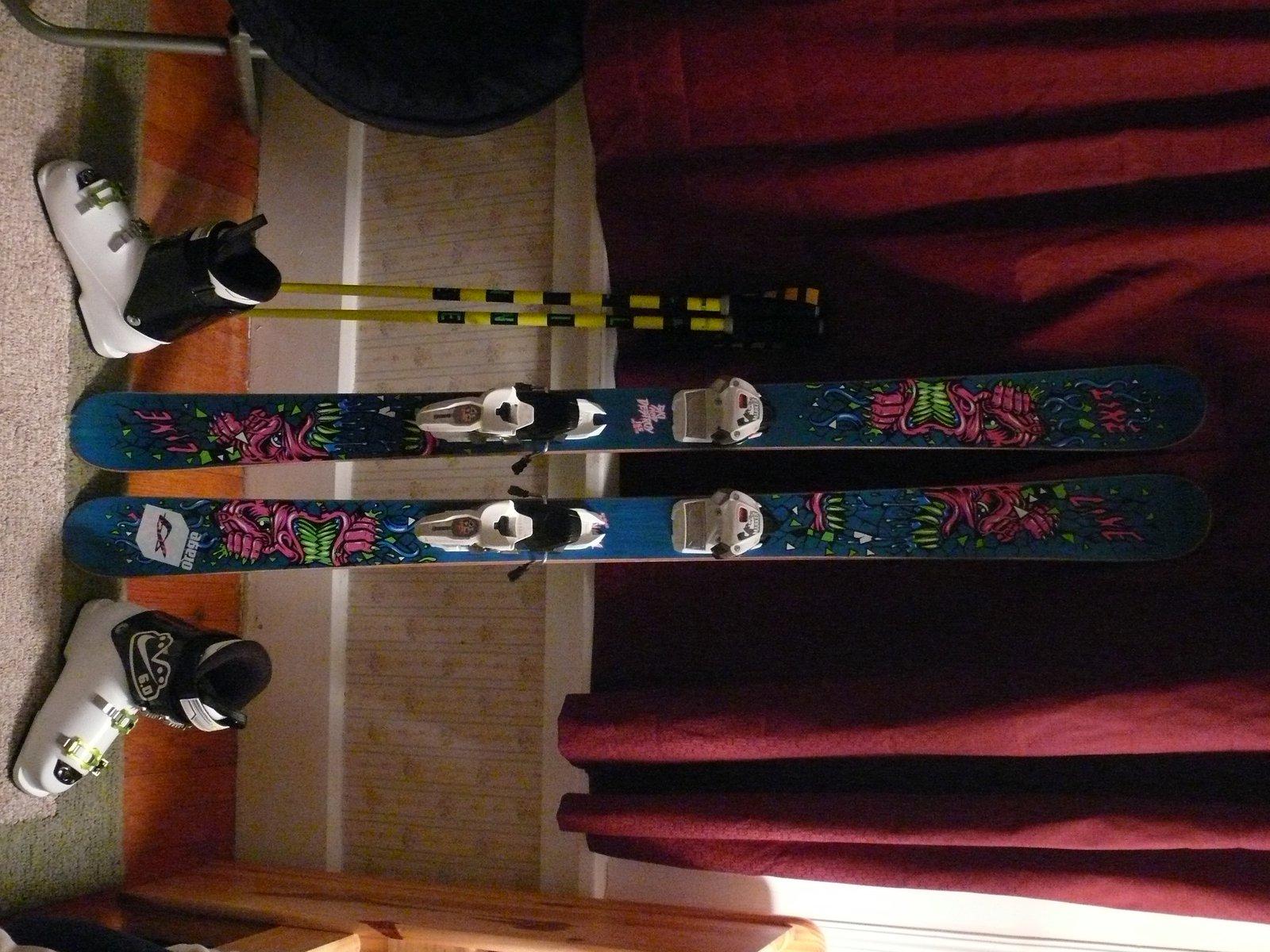 Ski stuff - 2 of 10