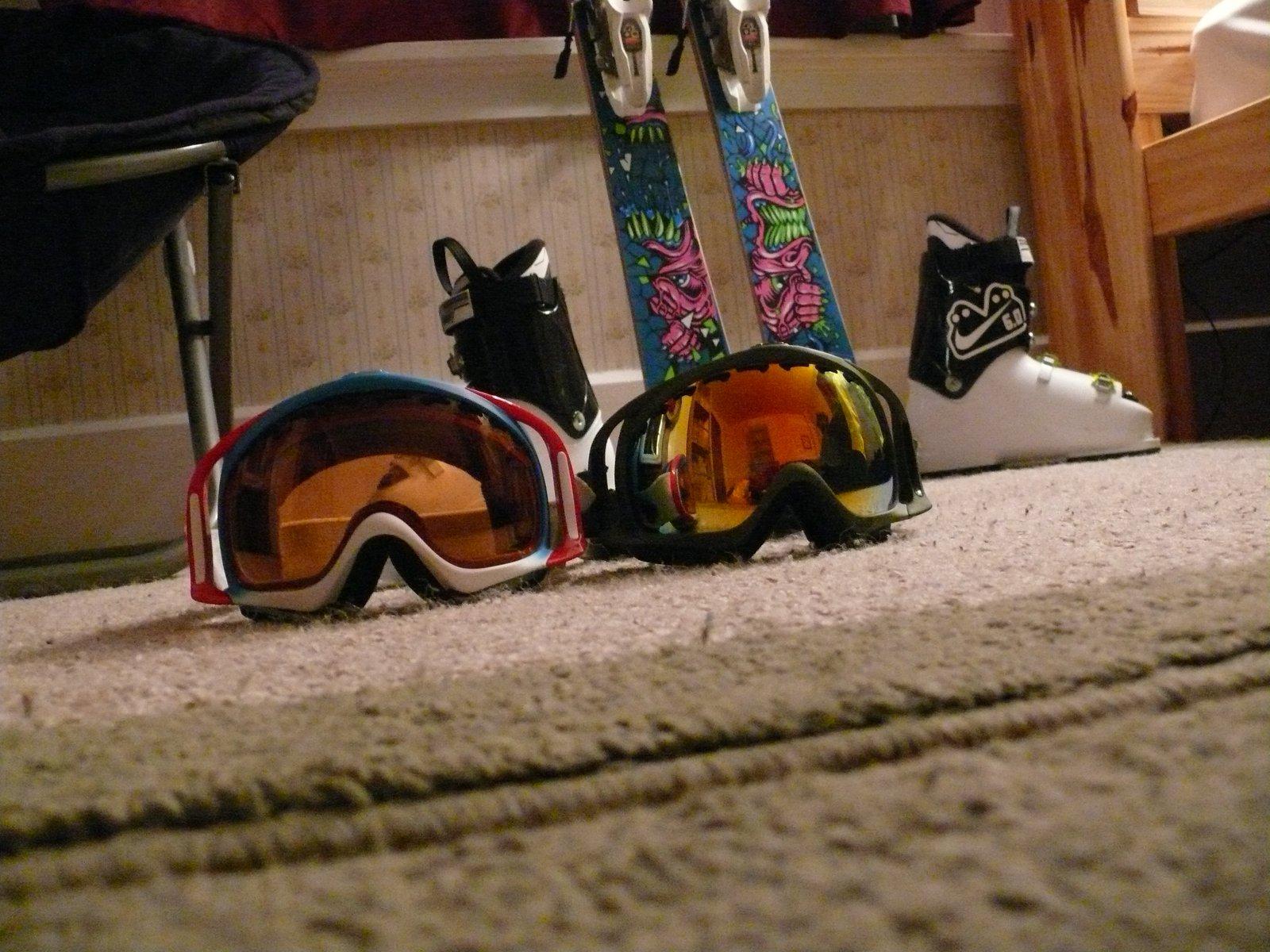 Ski stuff - 3 of 10