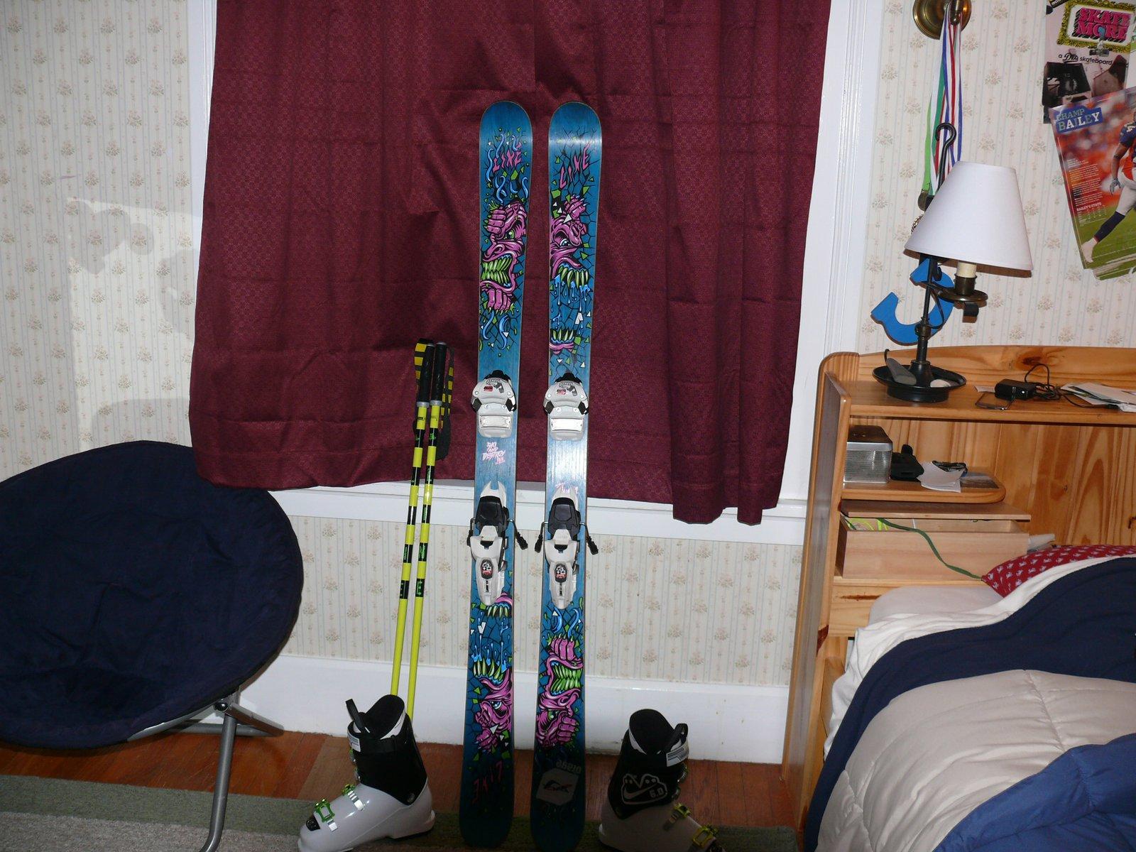 Ski stuff - 8 of 10