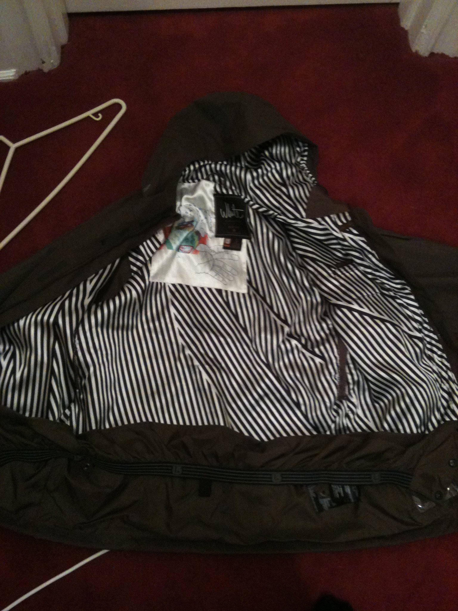 Small Burton jacket for small inside