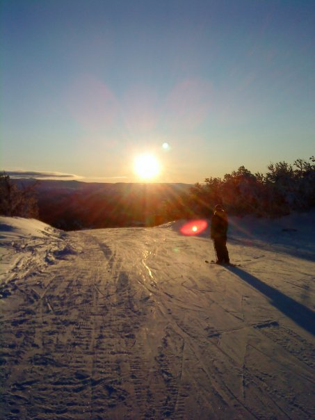Afternoon skiing in Geilo