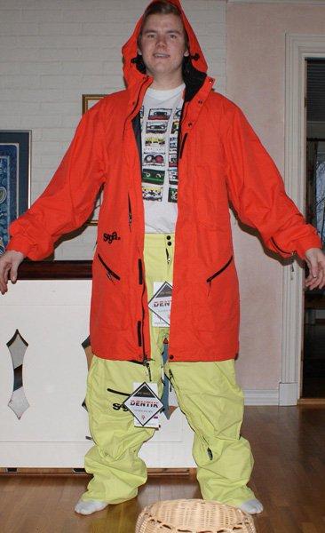 Saga suit open front