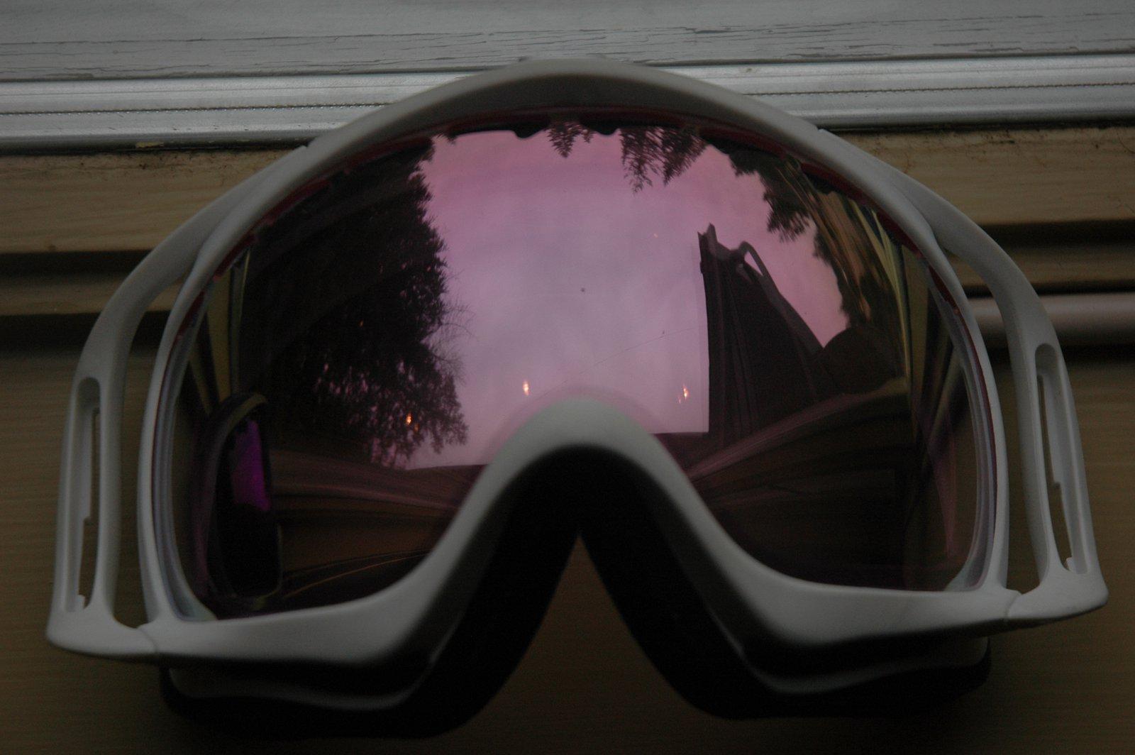 Pink irid white frame white riggers