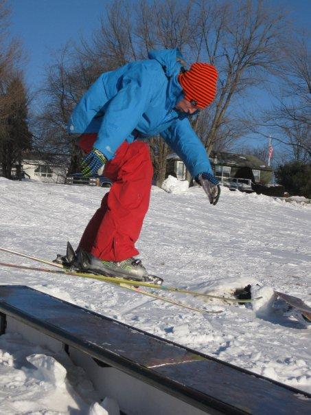 Skier slide to nollie 270 onn