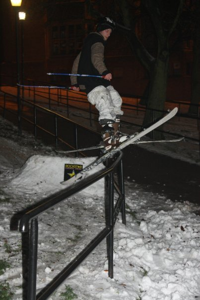Double kink C street rail
