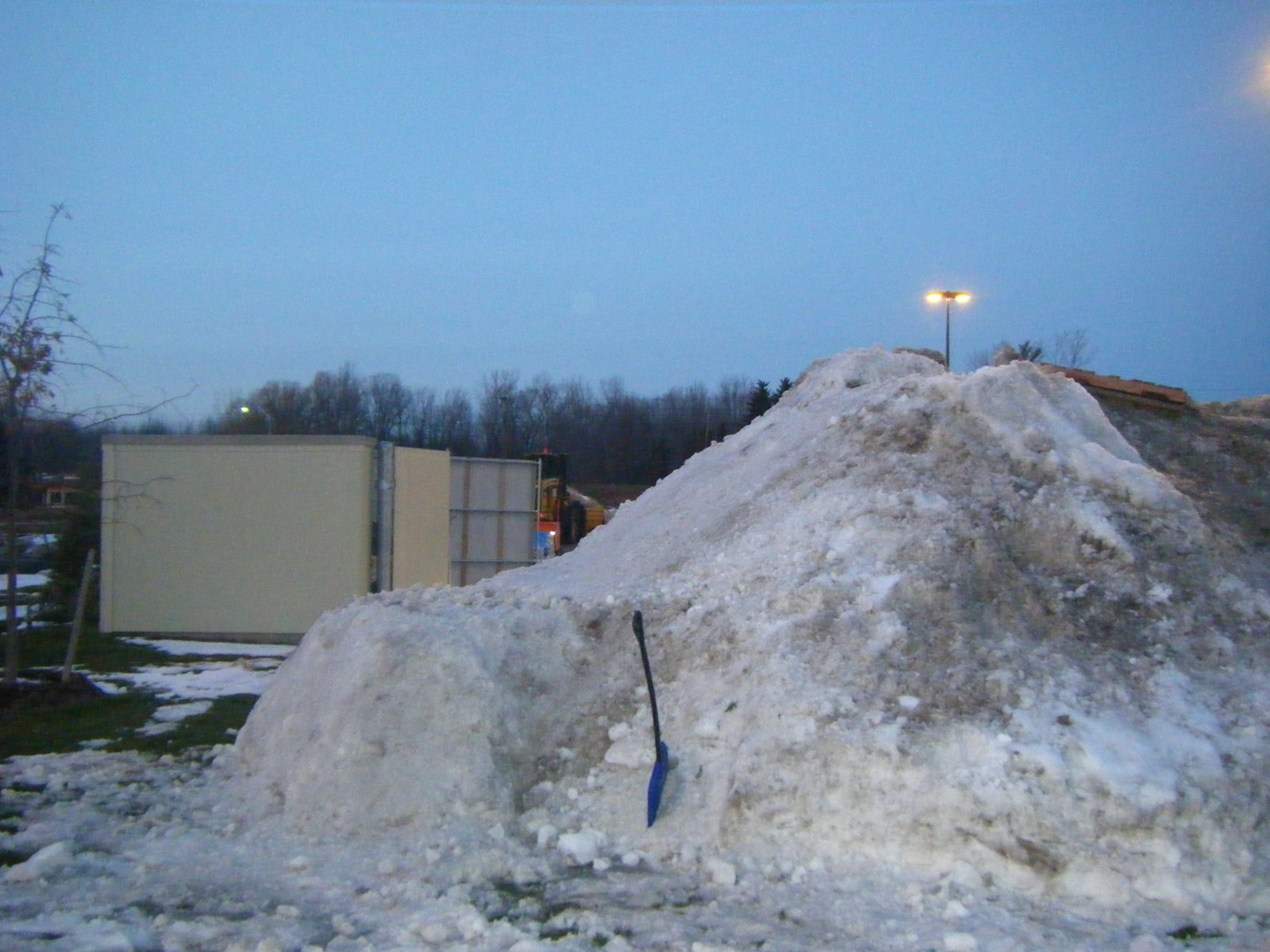 Drop in out of snowpile