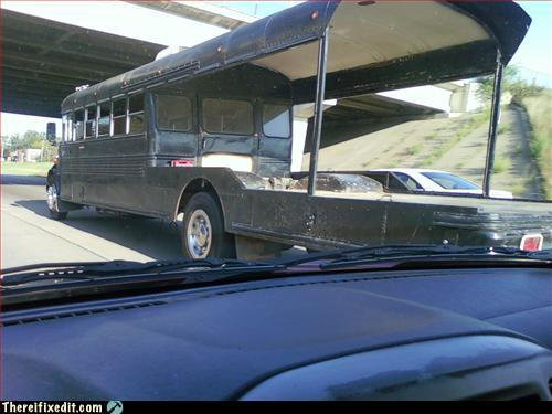 Flatbed bus
