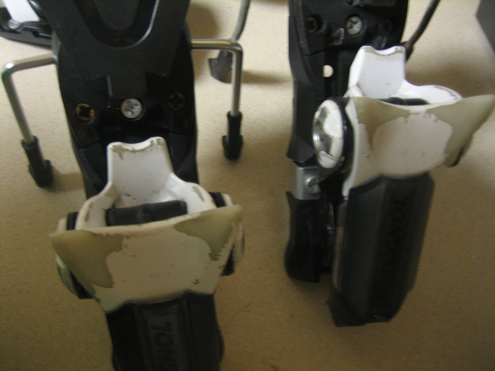 SAS 150's Heels
