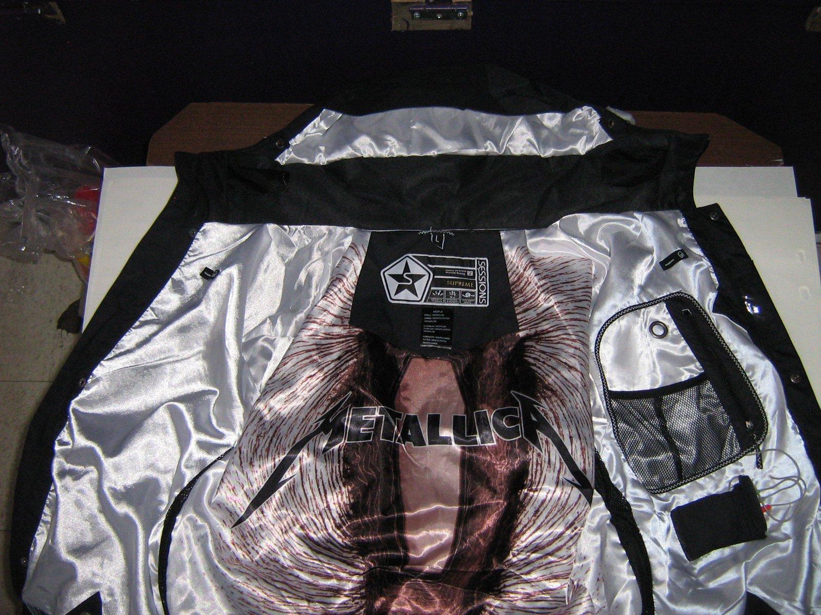 Jacket inside