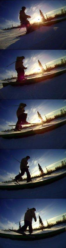 Ski slid to bind sole
