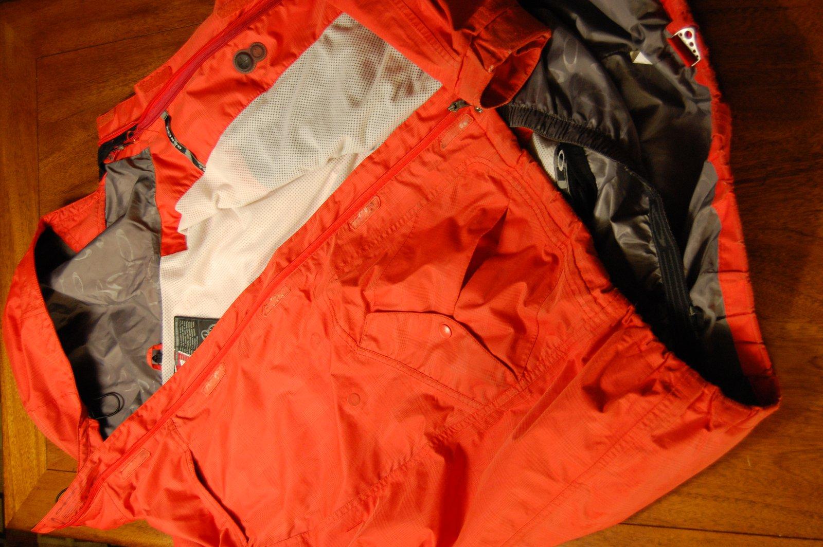 OAKLEY Large Snowboard Jacket