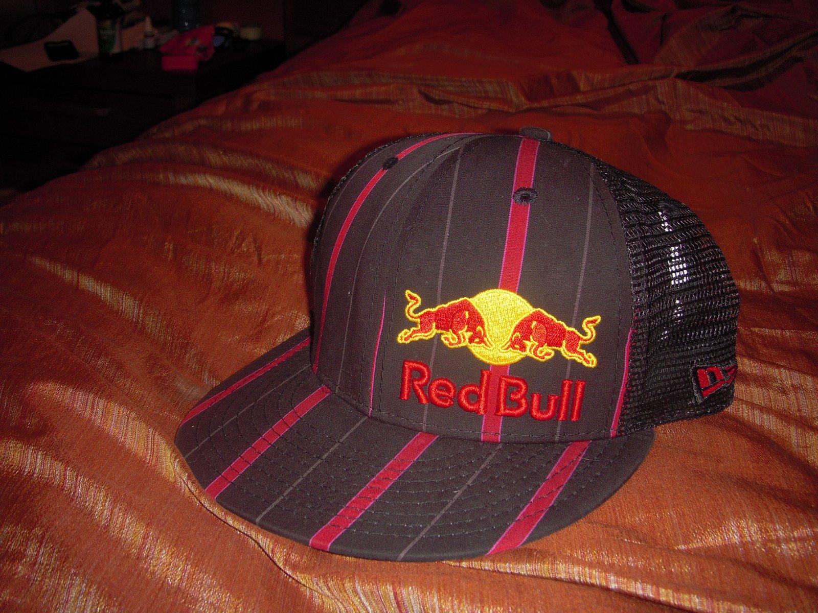 Red bull hat ld