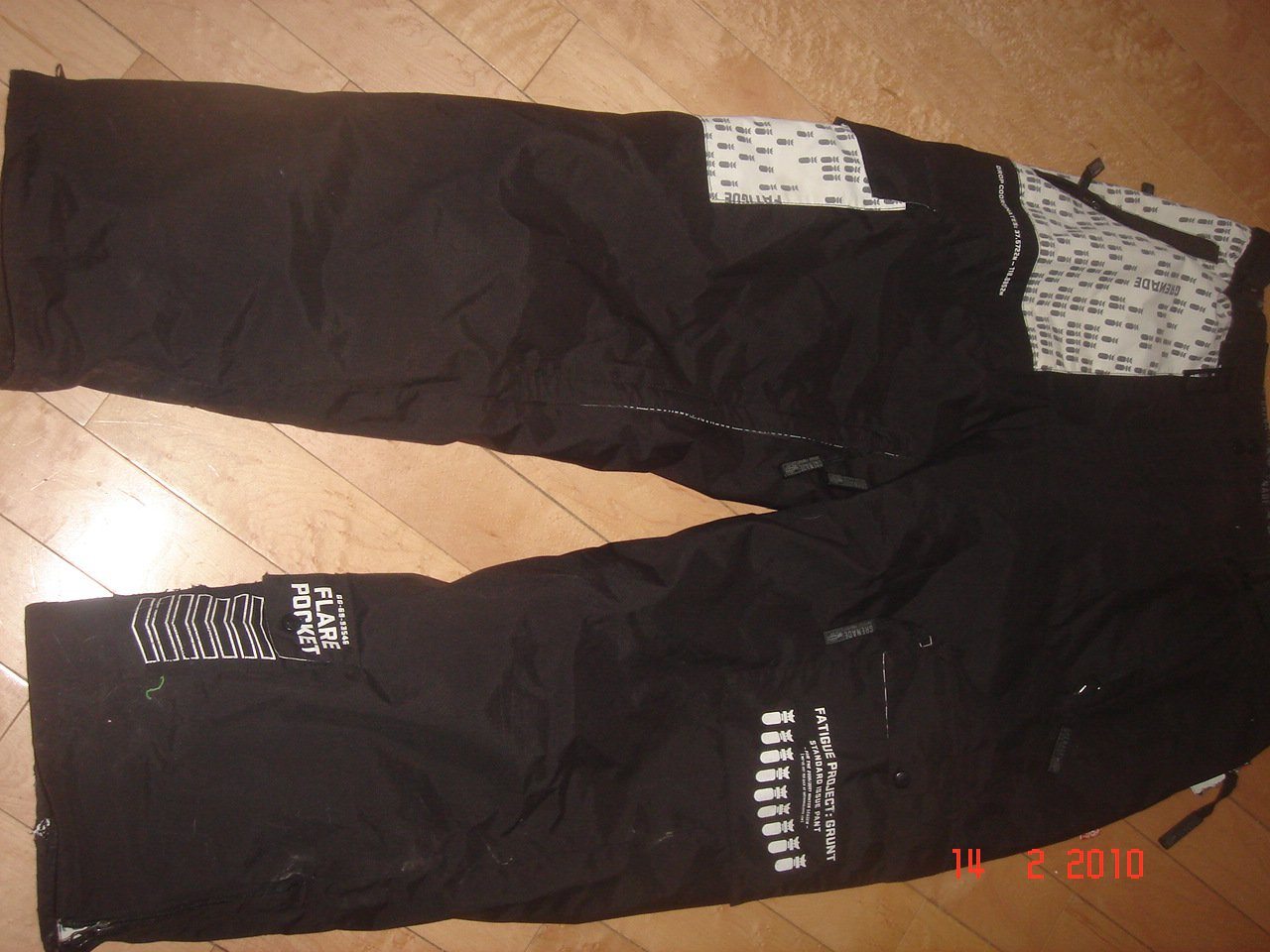 SIZE XL GRENADE PANTS