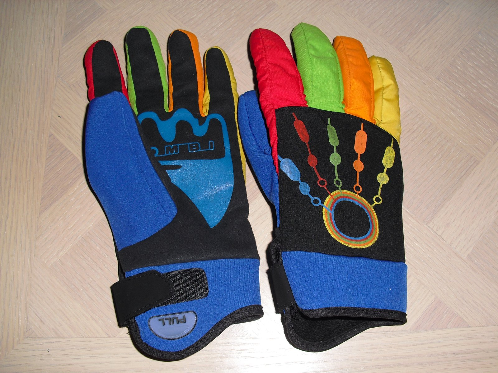 Kombi Twall glove 10-11