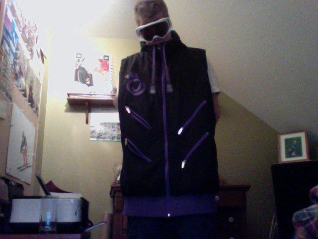 More vest