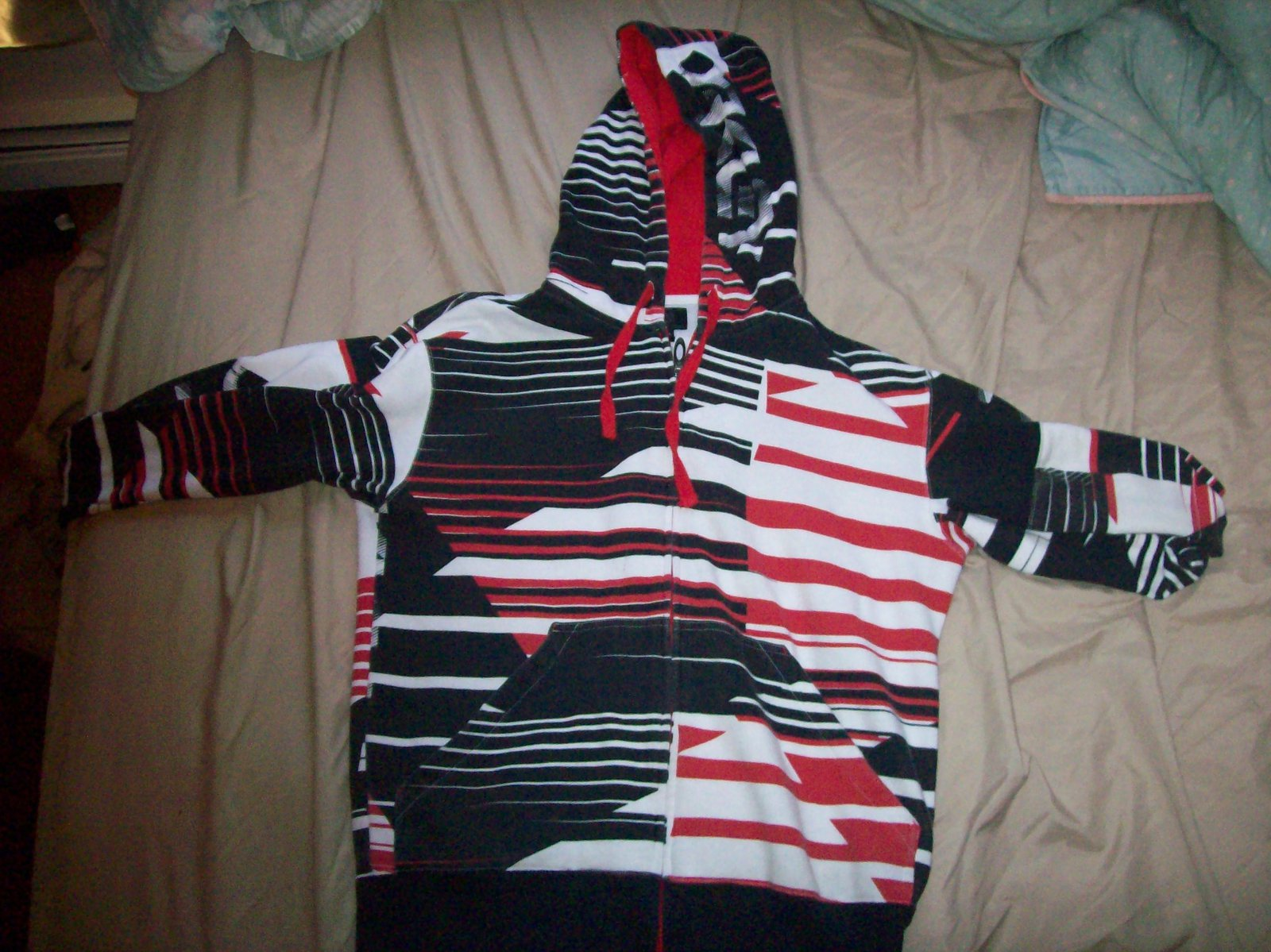 Red and black oakley sweatshirt small
